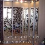 shkafy-kupe-s-vitrazhami-44