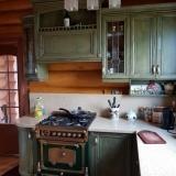 kuchni-iz-masiva-1